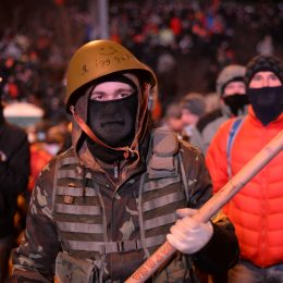 ukraine showdown Radically_oriented_masked_protesters_weaponed_with_shovels,_Dynamivska_str._Euromaidan_Protests._Events_of_Jan_19,_2014