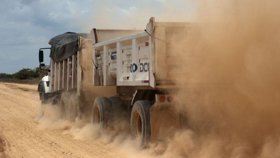 truck-dust_1