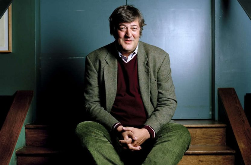 Mandatory Credit: Photo by Steve Forrest / Rex USA Stephen Fry Stephen Fry at The Groucho Club, London, Britain - 06 Oct 2006 POSED COMEDIAN