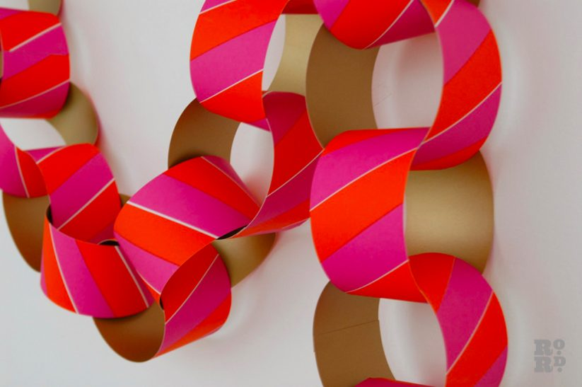 giant-paper-chain-garland
