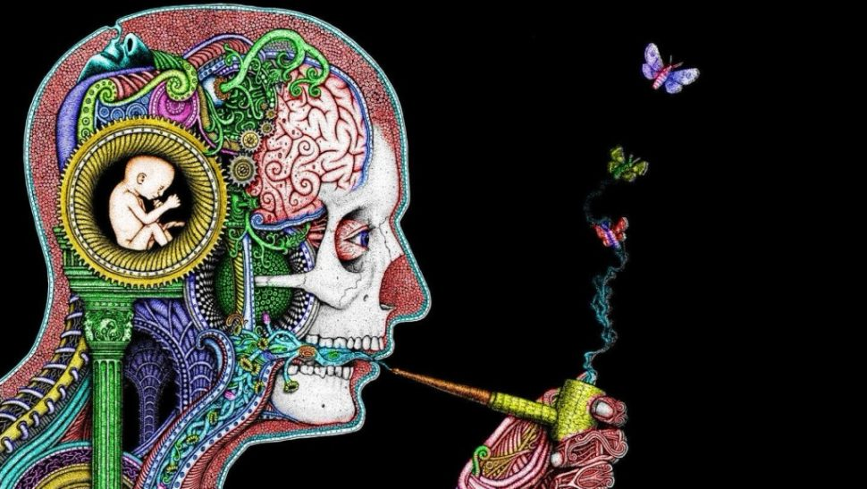 psychedelic-man-smoking-pipe